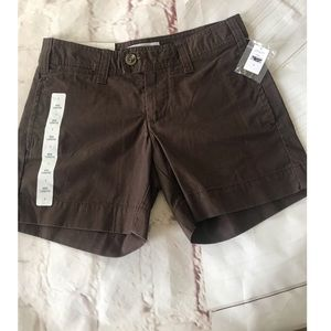 Gap Mid length shorts relaxed fit women's Size 1